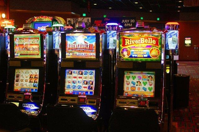 Казино онлайн Crazy-Vegas отличный клуб для досуга
